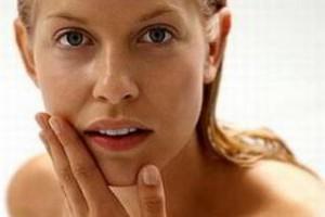 Советы специалистов женщинам как сохранить кожу молодой и здоровой