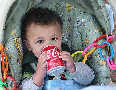 Сладкие прохладительные напитки не приносят пользы здоровью